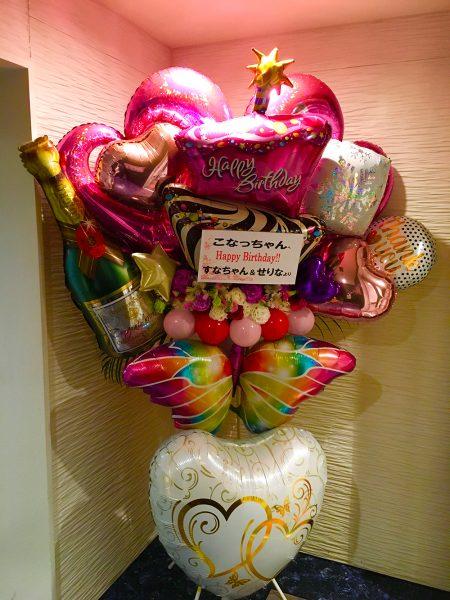 お花とバルーンで去年とは一味違う誕生日会に♪