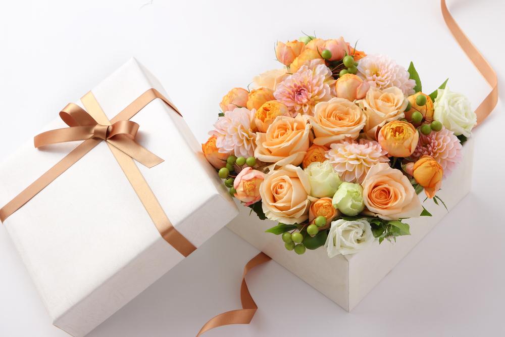 花ギフトを遠方に贈ることはできる?遠方の方のお花を贈るときのポイント